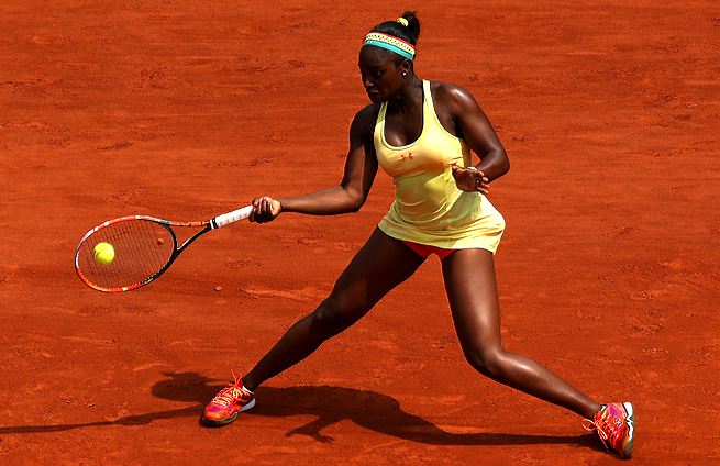 Sloane Stephens has reached the second week for the sixth-straight time at a Grand Slam.