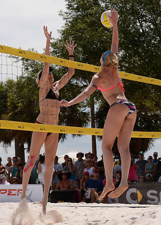 Summer Ross attempts to get one over the arms of Kerri Walsh Jennings.