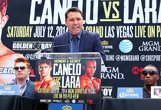 Oscar De La Hoya on Wednesday addressed the resignation of former Golden Boy Promotions CEO Richard Schaefer.