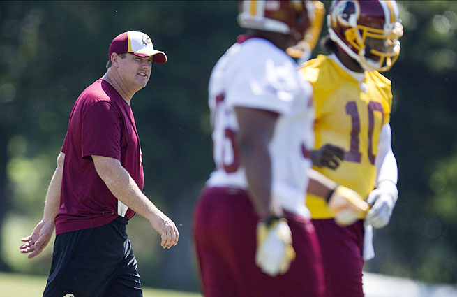 Jay Gruden (left) is looking to blend elements of his offense in Cincinnati with the Redskins' incumbent strengths.