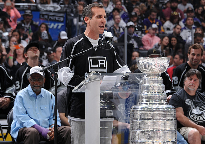 Los Angeles mayor Eric Garcetti had no trouble expressing his true feelings about the Kings' Cup win.