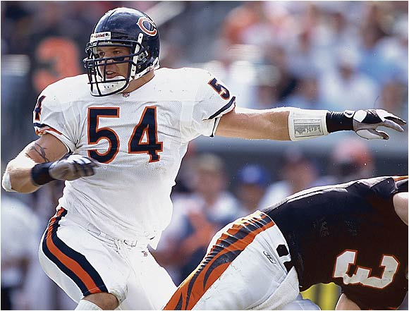 Urlacher hit the NFL like a freight train, extending the Bears' proud tradition of excellence at middle linebacker. Urlacher had a team-high 165 tackles, eight sacks and seven tackles for a loss and earned a trip to the Pro Bowl.