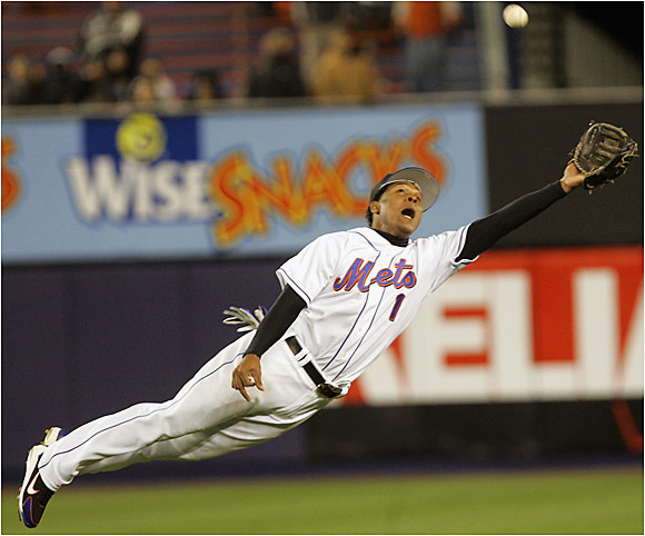 Mets rookie second baseman, Anderson Hernandez, dives to make a catch against the Nationals on April 5.