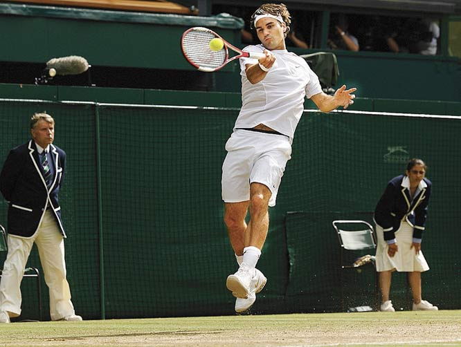 Four weeks after meeting on the clay of Paris, Federer and Nadal reconvened their rivalry on the grass of Wimbledon. On the faster surface, Federer prevailed, winning his fourth straight title at the All England Club.    Nadal leads series 6-2.