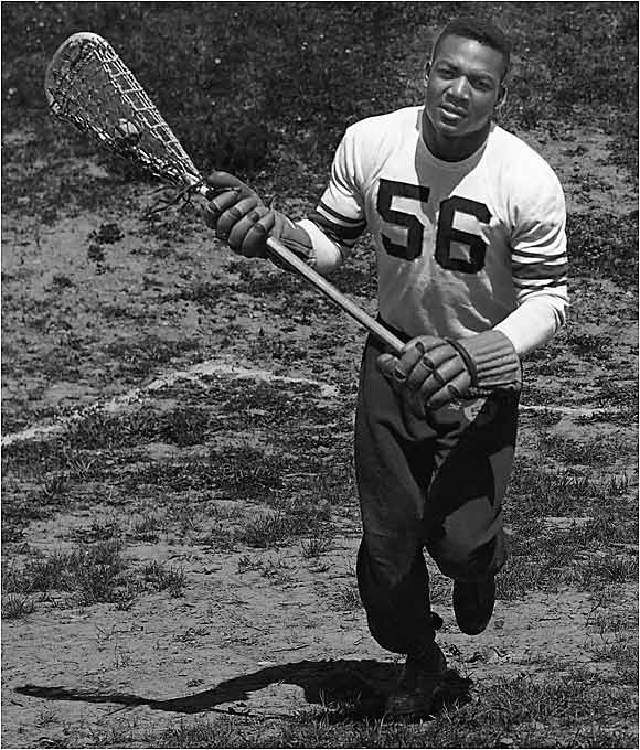 Arguably the best ever at not one but two college sports, Brown was a first-team All-America and the only college Hall of Famer in both football and lacrosse. He rushed for 986 yards as a senior (third-most in the country, even though his team played only eight games) while leading the nation with 43 goals for the undefeated Orangemen in 1956-57.