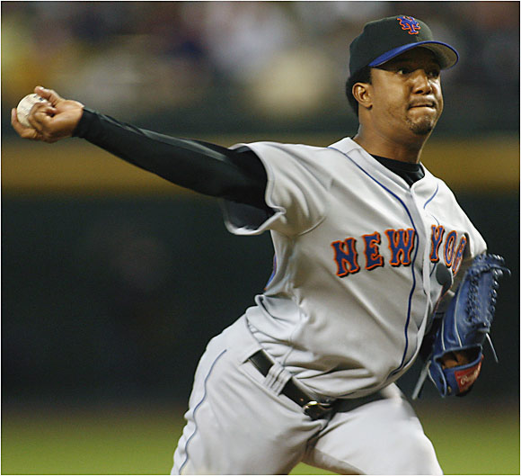 Pedro Martinez and the Mets dealt the Diamondbacks their seventh consecutive loss, this one a 15-2 drubbing at Chase Field.
