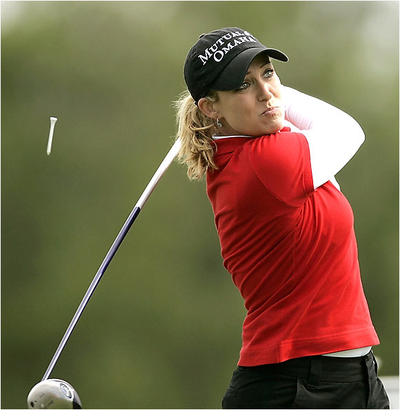 Arguably the best young American player no longer in high school, Kerr did not seriously contend in a major until two weeks ago at the LPGA Championship, when she hit a 9-iron into the water on the last hole. Good all-around game, streaky with the putter. Takes herself and her game seriously, but shows no fear. Needs to start strong to give herself a chance at a good finish.
