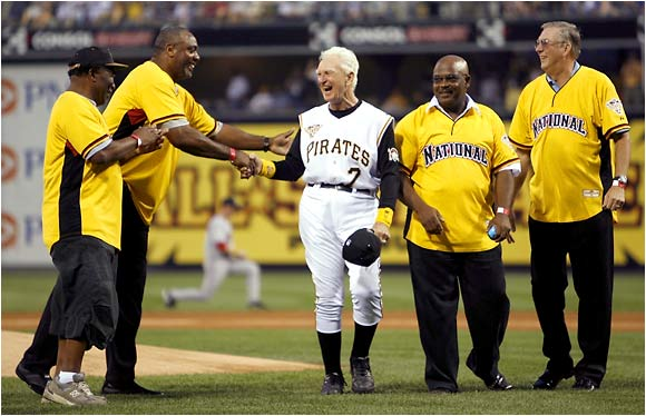 Chuck Tanner (center), manager of the 1979 World Series champion Pirates, is joined by Manny Sanguillen, Dave Parker, Bill Madlock and Kent Tekulve for the ceremonial first pitch.
