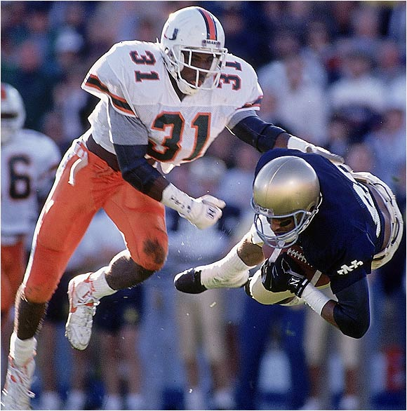 Miami's Darryl Williams against Notre Dame's Tony Smith in South Bend on Oct. 20, 1990.