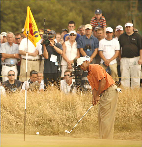 Tiger held on to his lead despite three-putting three times over the final eight holes.