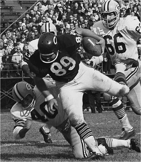 He was the first true pass-catching tight end. His 75 catches in 1964 -- a 14-game season -- stood as a record for tight ends until 1980, when the NFL had a 16-game schedule. Ditka was fiercely competitive and didn't shirk his blocking duties to concentrate on receiving.