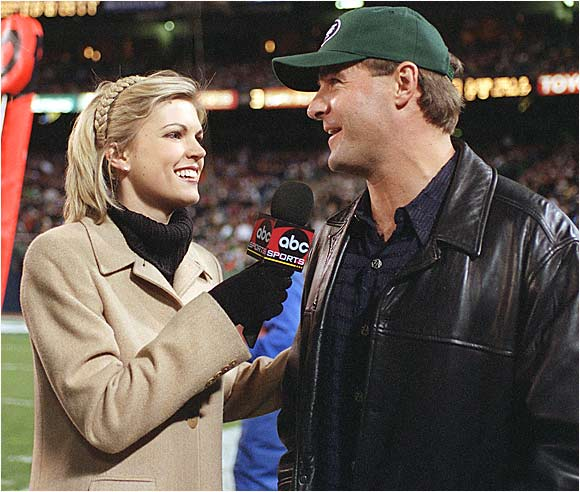Melissa Stark joined Dickerson on MNF's sideline team. Here, she interviews Al Leiter during a Jets-Dolphins game at the Meadowlands.
