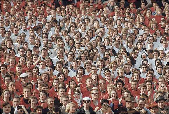 Even in 1957, Ohio State fans flocked to Ohio Stadium to see their Buckeyes.