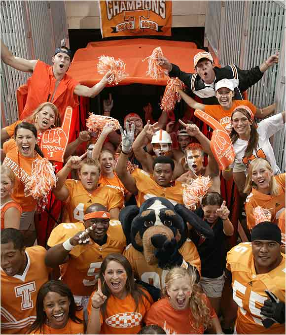 Tennessee football players, cheerleaders and students posed for an SI on Campus cover in August 2004.