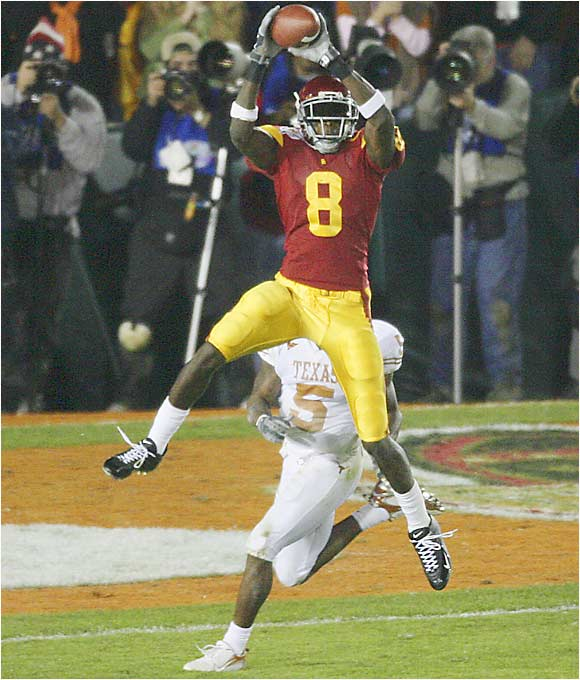 He had monster numbers as a sophomore: 91 catches for 1,274 yards and 16 TDs. Although he'll be without QB Matt Leinart, Jarrett should still flourish and is sure to be a top pick in the 2007 NFL draft. At 6-5, 210 pounds, he has soft hands, which helps him make numerous acrobatic catches.