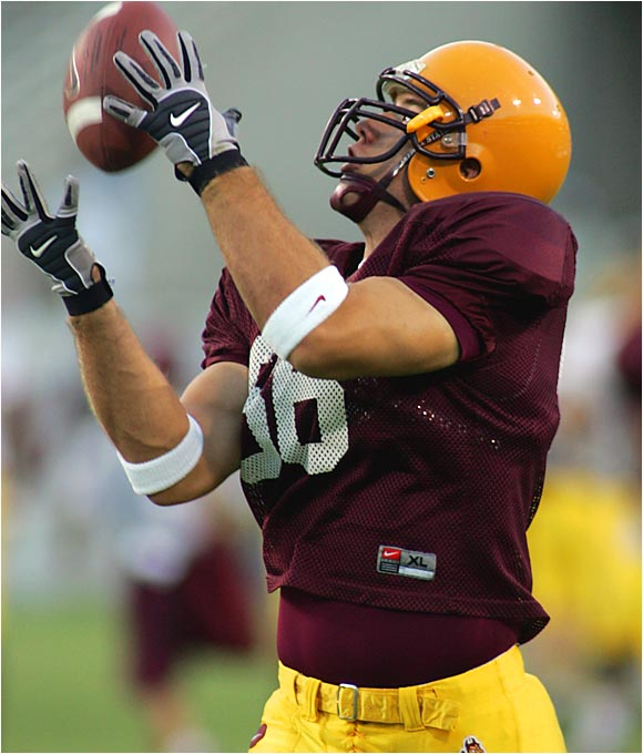 Quite possibly the nation's best all-around tight end, he reminds many of former Arizona State star Todd Heap. At 6-5, 259 pounds, Miller has proven to be a reliable target (38 catches for 476 yards and four touchdowns last season) and a dominant blocker.