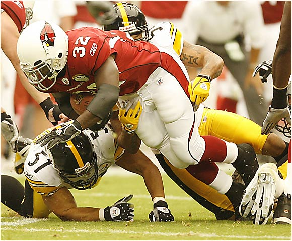 The Cardinals are handing Edgerrin James a lot of guaranteed money (more than $14 million this year), but there's been no sign of a strong running game this preseason; James has run for three yards on four carries. This offense ranked No. 32 in rushing last season and looks nowhere near close to jelling on the line, so it's hard to imagine Edge will be able to deliver his typical numbers.