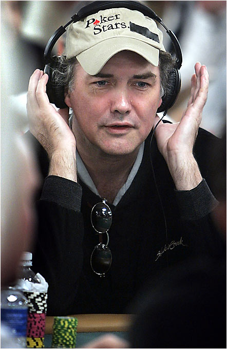 Actor Norm MacDonald was one of the few poker players who eschewed the white iPod earbuds.