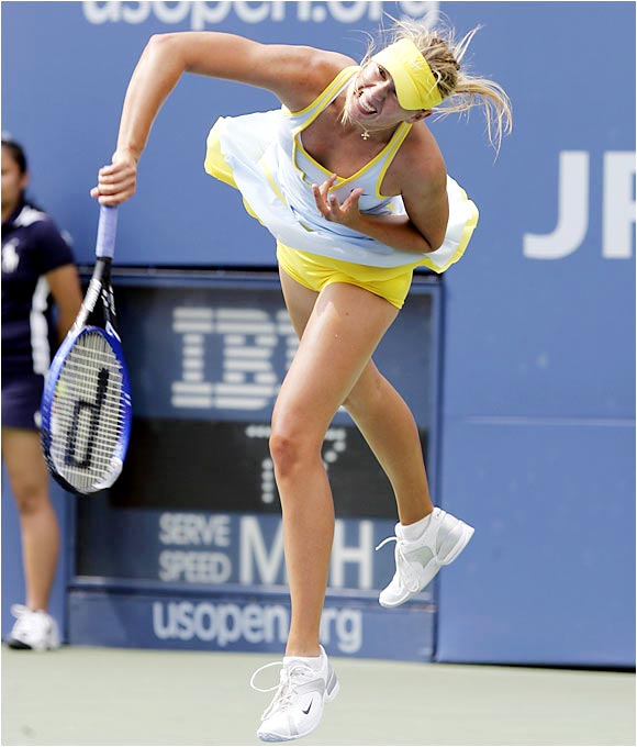 Sharapova had put together a string of inspiring tennis heading into the '05 U.S. Open, winning three tournaments, reaching the semis in her Wimbledon encore and briefly holding the No. 1 WTA ranking. She was tabbed a favorite in Queens but was beaten by eventual champion Kim Clijsters in a three-set thriller in the semis.