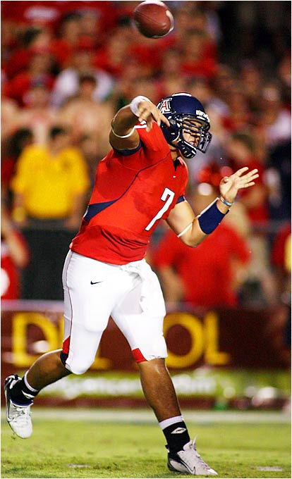 The Wildcats' sophomore slinger suffered a concussion in Arizona's 45-3 loss to LSU, but he looked good coming off the bench last week against Stephen F. Austin. Tuitama will have to be on top of his game against an athletic Trojans defense. Tuitama did not play in last year's 42-21 loss to USC.