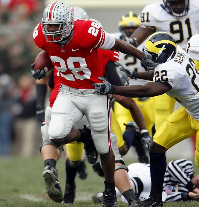 One day after legendary Michigan coach Bo Schembechler passed away, the Wolverines and Buckeyes faced off as the top two teams in the country for the first time ever. Trailing for most of the game, Michigan appeared to gain the momentum in the fourth quarter, but Shawn Crable's helmet-to-helmet hit on Heisman trophy winner Troy Smith (and the ensuing 15-yard penalty) doomed the Wolverines. Florida blew out heavily favored Ohio State in the national title game.