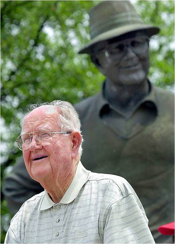 A bronze statue of Nelson was erected in his honor at the Four Seasons Resort near Dallas that hosts his annual tournament.