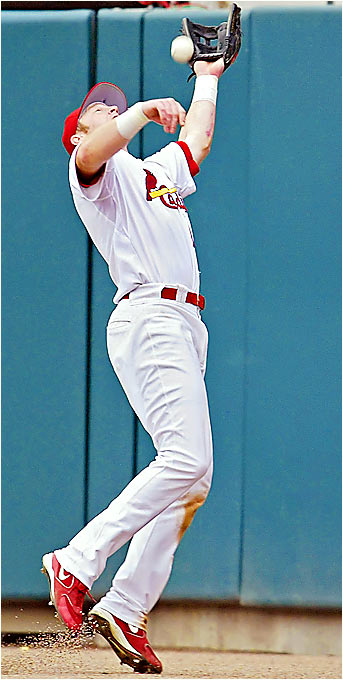Cardinals right fielder Chris Duncan was charged with an error for missing a fly ball hit by the Astros' Brad Ausmus in the seventh inning of a 5-1 loss by the Cards on Sept. 13. After Duncan was named NL Rookie of the Month for August, his play has sharply declined since. He was hitting a paltry .174 two weeks into September.