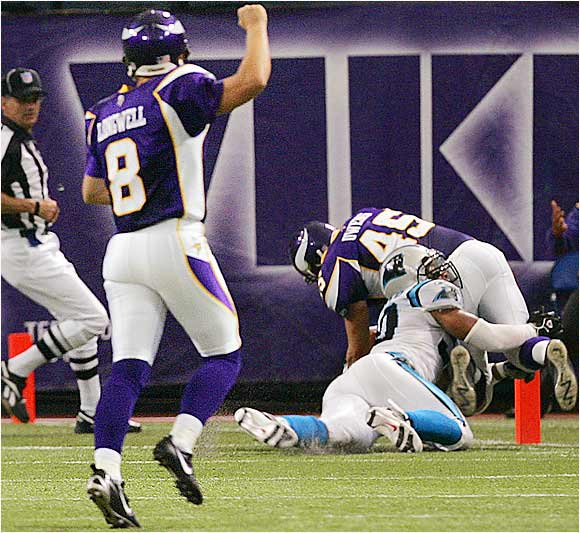 Vikings kicker Ryan Longwell has more touchdown passes this year in one pass attempt (one) than Buccaneers quarterback Chris Simms has on 82 pass attempts (zero). In the Vikings' win over the Panthers, Longwell had more touchdowns than both quarterbacks -- Brad Johnson and Jake Delhomme -- combined.