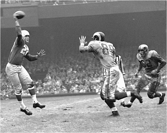 Given that the forward pass turned 100 years old on Sept. 5, SI.com took the opportunity to look back at some of the great NFL passers of the last seven decades.<br><br>Layne was known as one of the greatest leaders ever to play the game. He threw for 26,768 yards and 196 touchdowns in his career.