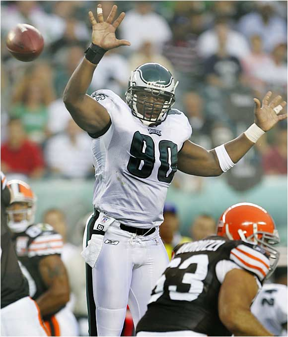 Although Terrell Owens and Donovan McNabb dominated the headlines in Philadelphia last year, perhaps the Eagles' biggest problem was their lack of a pass rush. Philly needs Howard to reenergize the line and allow the defense to get some turnovers. The Eagles have been thrilled with Howard's effort and ability so far.