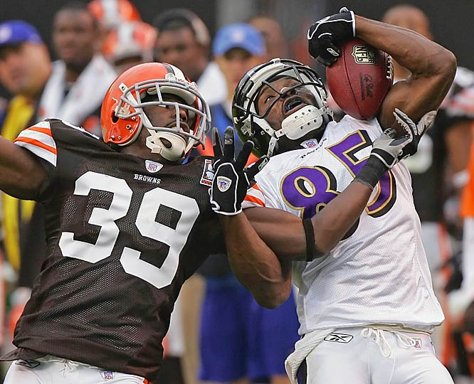 Number: 40 <br><br>Ravens receiver Derrick Mason was 7 for 132 receiving against the Browns on Sunday, his seventh consecutive 100-yard game in which he did not have a 40-yard catch. Mason has 232 receptions for 2,823 yards since his last 40-yard reception -- a 46-yarder against the Dolphins in 2003.