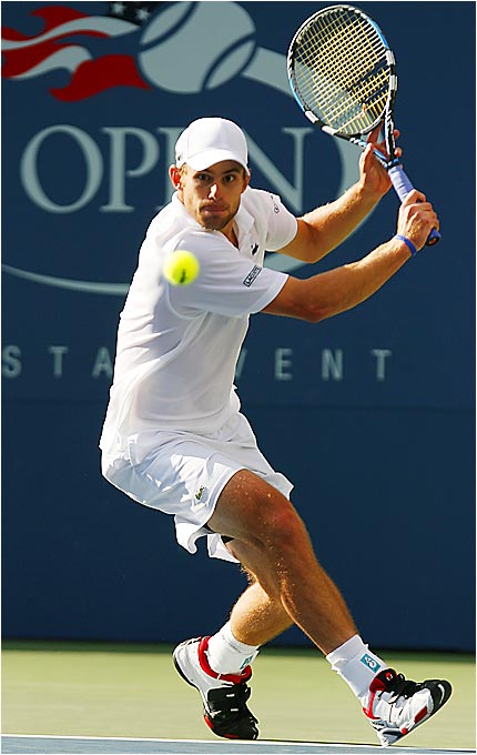 Andy Roddick lost in the first round of the U.S. Open last year but was the only American to reach the semifinals this year after his 6-3, 7-5, 6-4 victory over Lleyton Hewitt.