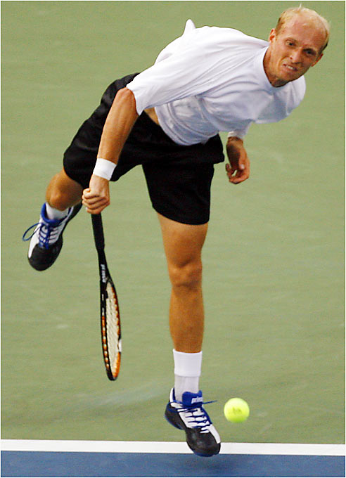 Nikolay Davydenko outlasted Tommy Haas in a 3 1/2-hour, five-set marathon Thursday to advance to the semifinals against Roger Federer.