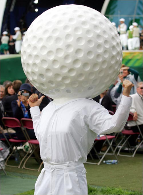 Who says golf is a buttoned-up sport?