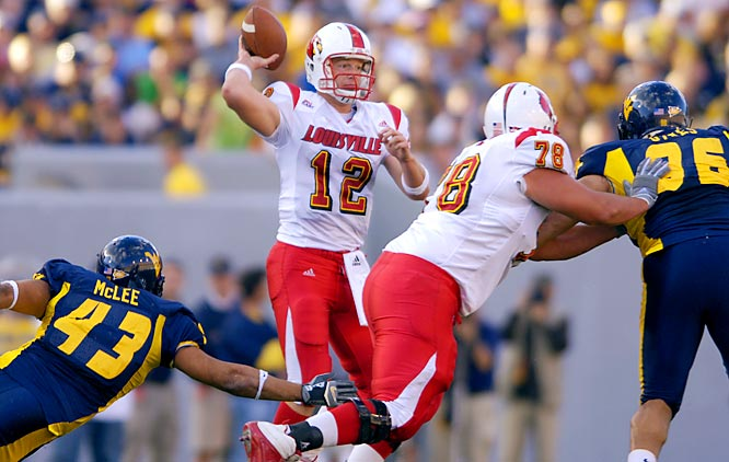 Many folks whine about the quality of play in the Big East, but these two teams have earned enough national respect to be ranked in the top 10 (West Virginia at No. 5 and Louisville at No. 7). Louisville QB Brian Brohm, who began the year as a bona fide Heisman candidate, is expected to return from injury within the next two weeks and should be ready for this showdown against the Mountaineers' dynamic duo of QB Pat White and RB Steve Slaton.