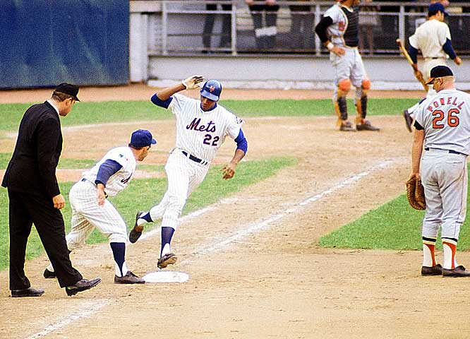 Clendenon platooned at first base and hit only .248 in the regular season. He didn't even play in the NLCS. But Clendenon hit solo home runs in Games 2 and 4 of the Series -- both 2-1 victories for the Mets -- and had a two-run shot when New York won the clincher 5-3. Clendenon hit .357 for the Series, scored four of the Mets' 15 runs, and had four of their 13 RBIs.