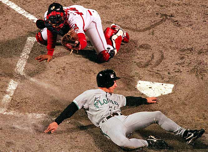 Counsell's sacrifice fly sent Game 7 into extra innings, and the Marlins won in the bottom of the 11th when Counsell reached on an error and scored on Edgar Renteria's two-out single.
