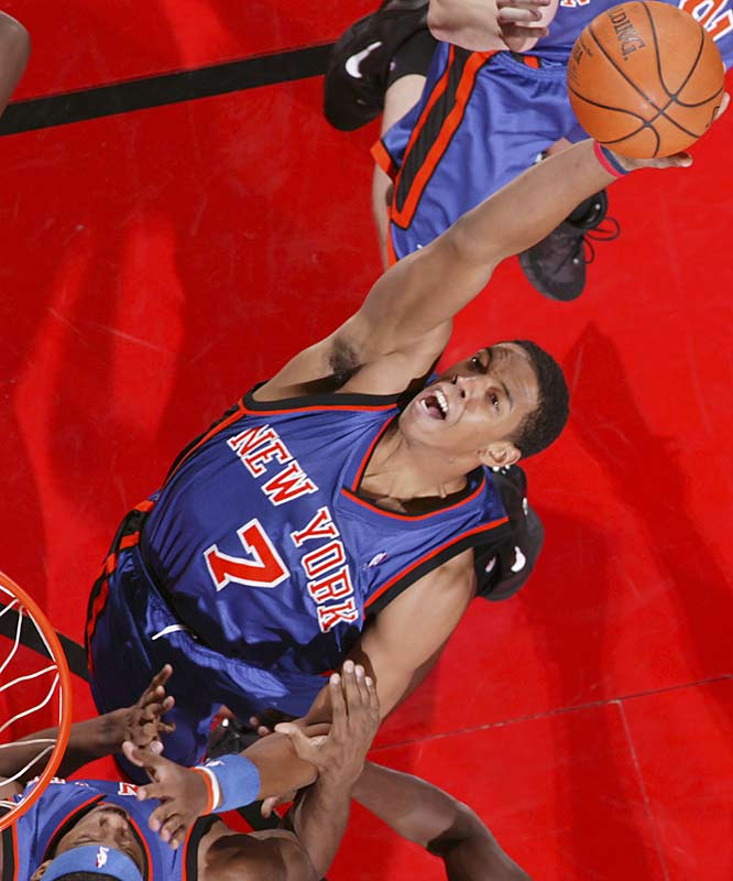 Frye's play as a rookie was the lone bright spot in New York's abysmal 23-win 2005-06 season. He surprised by showcasing a deft scoring touch, scoring in and out of the paint, while holding his own on the boards. Murphy's Law being what it is, Frye suffered a torn knee ligament and missed the final month of the season. With New York's muddled frontcourt situation now partially cleared, Frye should continue to score at a high rate in his second season.