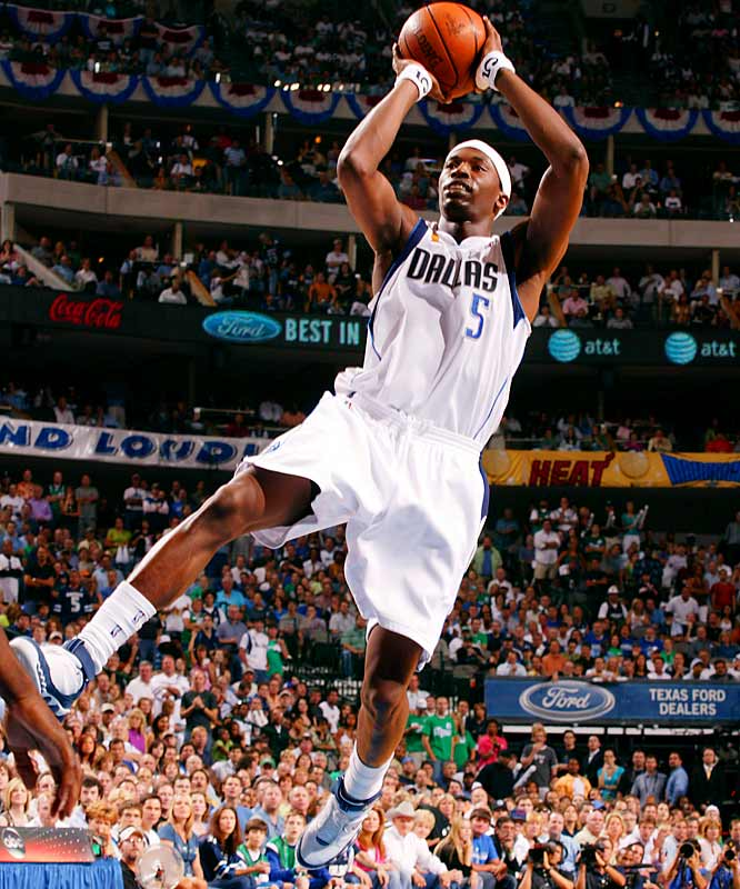 This all-around contributor made a huge jump in his third season in 2005-06, improving his ability to create his own shot while establishing himself as Dallas' second go-to scorer. This year the 26-year-old forward should be more at ease in his role as Dirk Nowitzki's sidekick, especially if he stays healthy -- he missed 23 games last year due to injury.