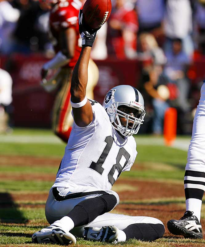 Teams might take a chance on Moss if they think he's the one ingredient missing from a Super Bowl run. He has made it clear he has nothing left to offer the Raiders, who are in shambles right now. Moss has looked awful this year, but he's still one of the most dangerous deep threats in the NFL and could shoot right back to star status in a new environment.