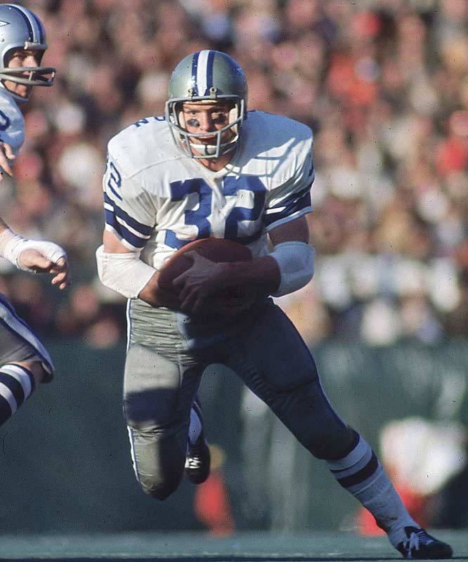 Fullback Walt Garrison added short-yardage toughness to the Cowboys backfield, picking up 429 yards on 127 carries. He was also Roger Staubach's favorite target, hauling in a team-leading 40 passes for 396 yards.