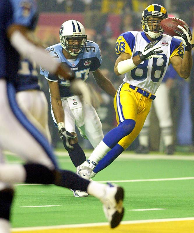 The first team in Super Bowl history to not score a touchdown on five consecutive trips to the red zone, the Rams finally converted in the third quarter when Torry Holt caught a nine-yard scoring pass from Kurt Warner.