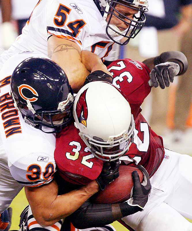 36 ... Cards running back Edgerrin James carried 36 times for 55 yards against the Bears Monday night, not only by far the fewest yards in NFL history on 36 carries, but also the fewest carries in NFL history on more than 30 carries. The previous record for fewest yards on 36 carries was 105 by Ricky Williams, who was 36-for-105 twice -- against the Patriots in 2002 and the Ravens in 2003. The previous record for fewest yards on more than 30 carries was 66, when Walter Payton was 31-for-66 against the Packers in 1980.