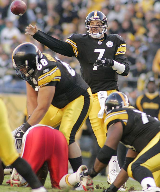 Pittsburgh quarterback Ben Roethlisberger completed 16 of 19 passes for 238 yards and two touchdowns at Heinz Field.