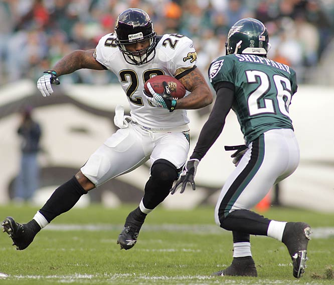 With starting quarterback Byron Leftwich out, Jacksonville's Fred Taylor centered a strong running attack, rushing for 103 yards and scoring the only touchdown in the game with a 15-yard run in the first quarter.