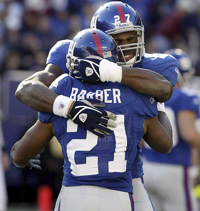"The Giants' ""Thunder and Lightning"" attack with Ron Dayne and Barber never panned out, but the massive Jacobs has been a great addition to the offense. Defenses have to prepare to stop the speedy Barber and don't know what hits them when the 256-pound Jacobs enters the game. Barber is averaging 4.6 yards per carry, while Jacobs is at 5.4 yards per attempt."