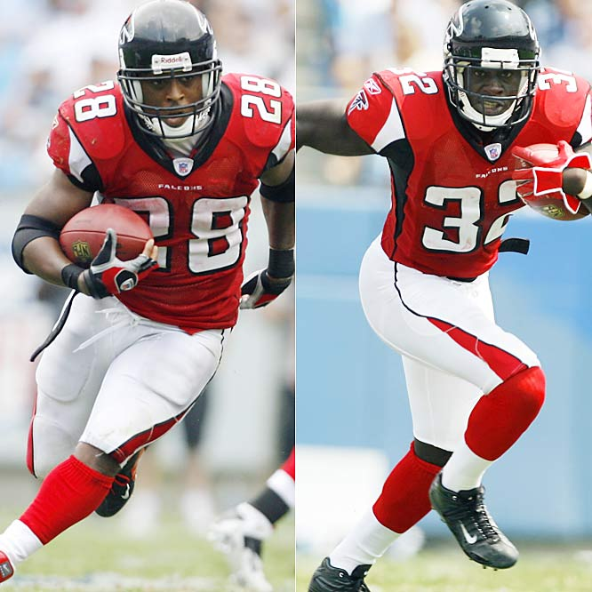 The Falcons get a lot of help on the ground from quarterback Michael Vick, but their one-two punch in the backfield of Dunn and Norwood is dangerous in its own right. One of the most underrated backs in the NFL for years, Dunn is averaging more than 90 yards a game this season. And Norwood is the home-run threat. The rookie out of Mississippi State had a 78-yard touchdown run against the Cardinals and is averaging 8.3 yards per carry.