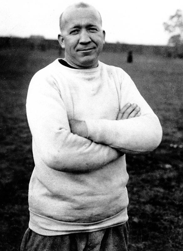 Legendary Notre Dame football coach Knute Rockne was killed when his plane went down in Kansas.