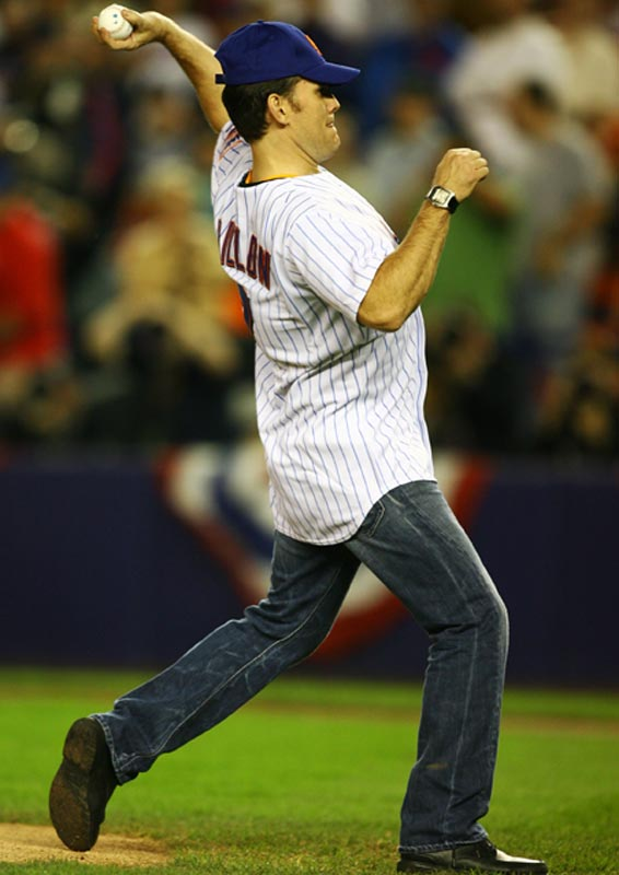 Actor Matt Dillon, who threw out the first pitch before Game 6 of the NLCS, needs to work on his form.