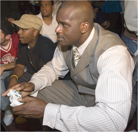 "Shaquille O'Neal, who is on the cover of NBA 2K7, had a big hand in developing the game. ""We made sure we got the details down,"" Shaq says, ""right down to LeBron biting his finger nails."""